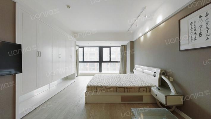 隐龙湾 1室1厅 105万