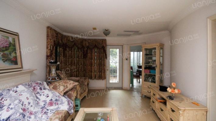 纯独栋别墅,5房大住宅,小区环境优美