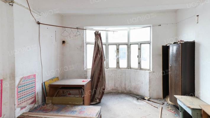 名嘉花园 成熟小区 一房公寓楼梯房