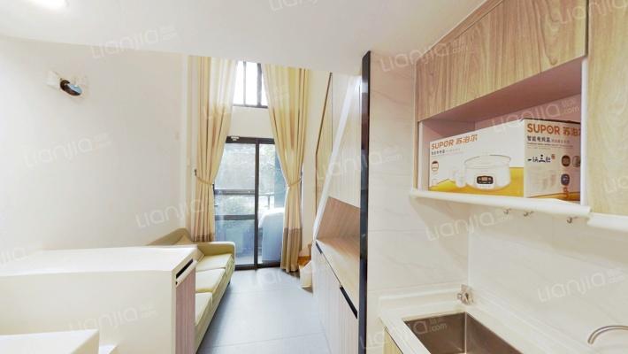 实用一房,户型方正,利用率高,保养好。