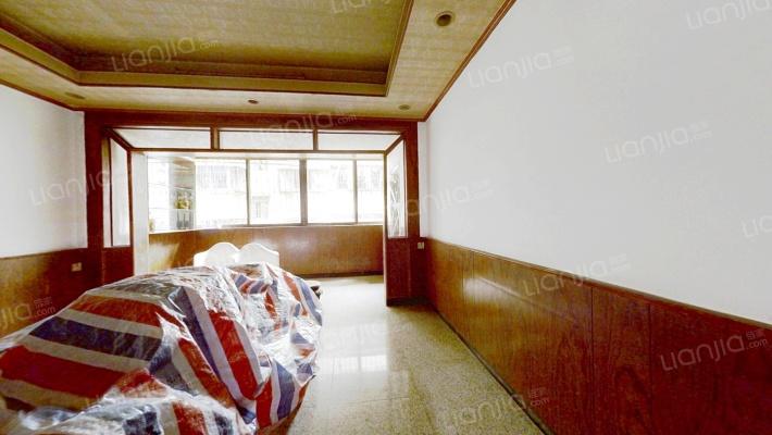 新宇小区  中间楼层  生活配套齐全  看楼方便装修新