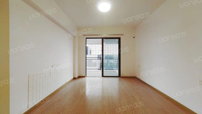 太平站地铁 公寓 首付五成实用一房56.86平