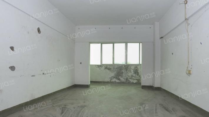 房子新,单价低,首付6万就可以拥有一个家