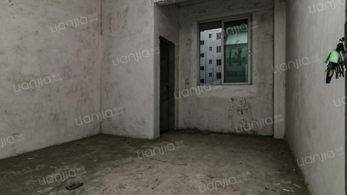 南旺小区  珠海附属高中旁  单身公寓  全新毛坯