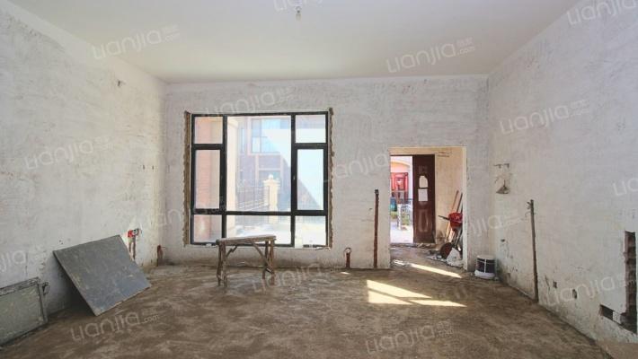 土建完毕,装修入住,边户,地下两层,地上三层