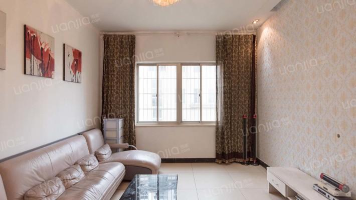 泰格林纸  精装房 家电齐全 环境优雅 随时看房