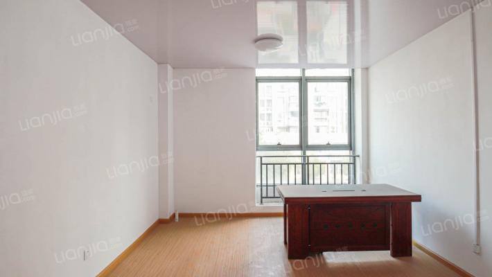 户型方正,复式格局,40年产权公寓