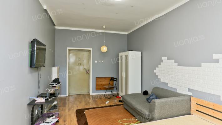 玉函路沿线单位宿舍 小户型一室 过渡房 采光充足