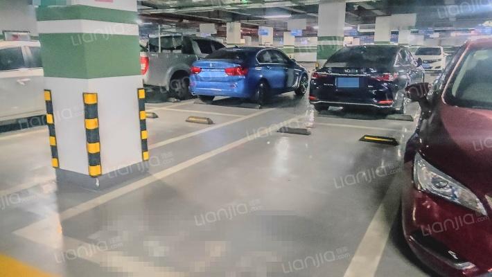 优质车位      产权清晰     要的速速     随时过户