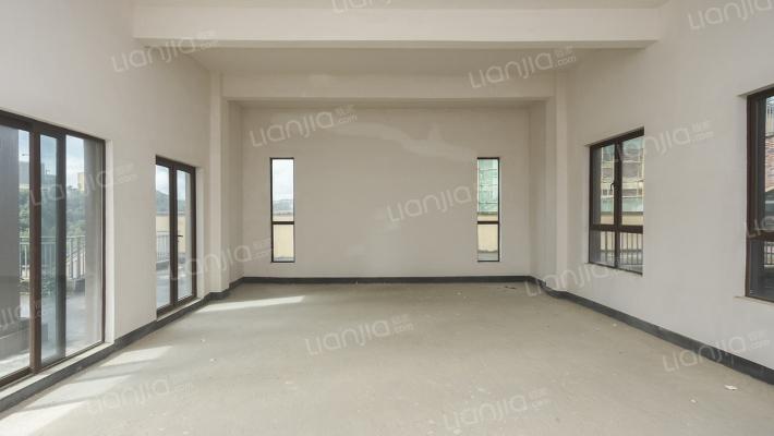 出售  保利公园拉菲一期大独栋  实得面积大