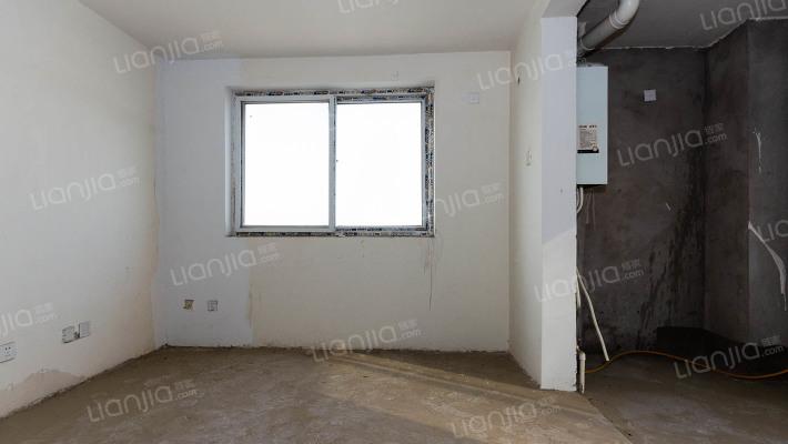 爱尚泾渭复式小区单层26平18万