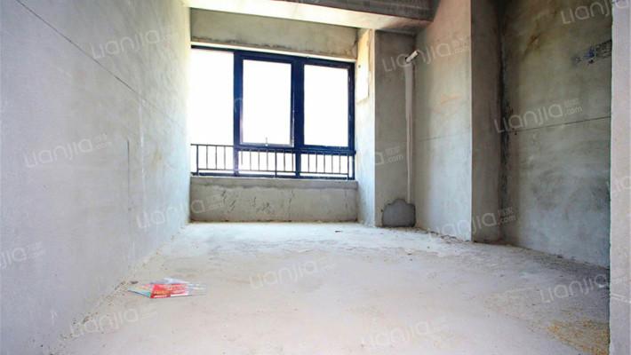 低楼层万达商圈公寓配套成熟毛胚出售