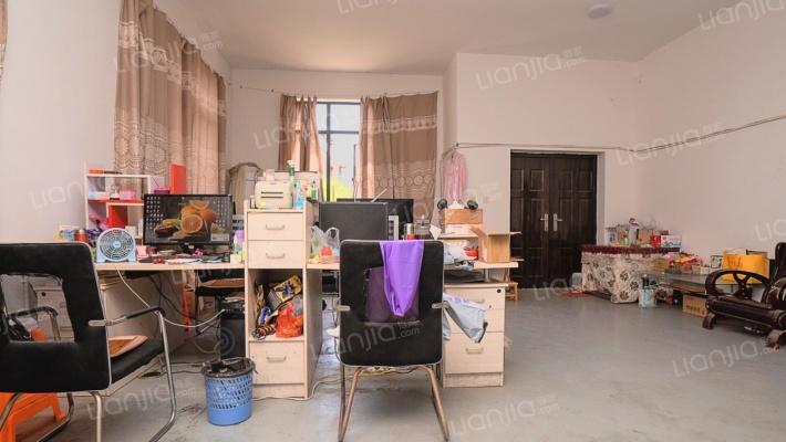 户型方正,格局好,自住房,空间大,无户口,采光全明