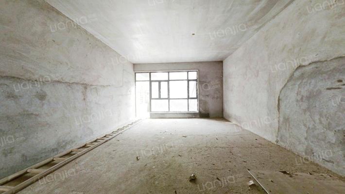TCL康城四季 5室2厅 150万