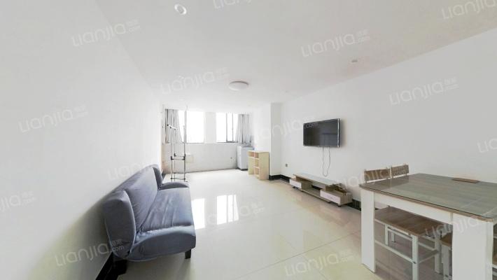 跃层公寓,买一层附加一层,看房方便。