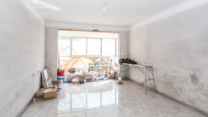 沂河高都 一楼复式 前后院子 品质住宅
