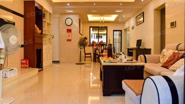 长安滨海新区大户型4居室 满五唯一 业主诚意出售