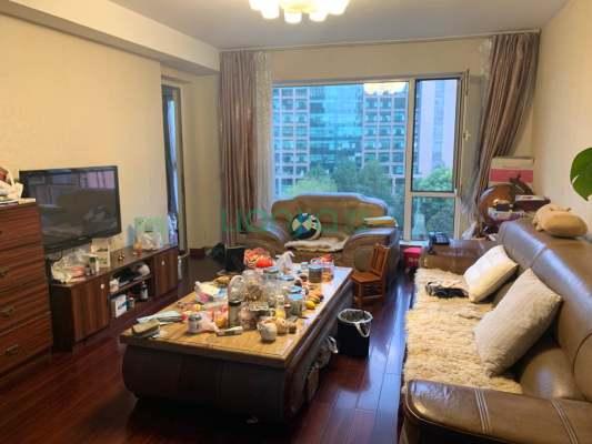 新城国际花园彩园 4室2厅 1050万