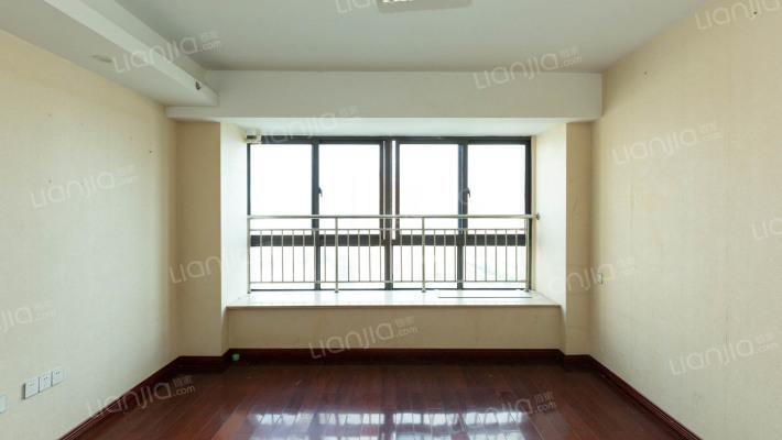 好楼层 视野宽阔 房东诚意出售 房子精装修