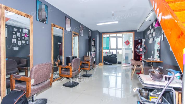 中翔丽晶,复式酒店式公寓,配套成熟,交通方便。