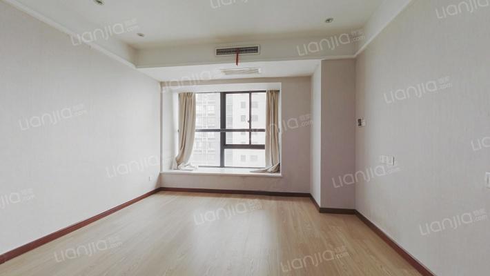 小面积公寓 看房随时可以看的 业主诚心卖