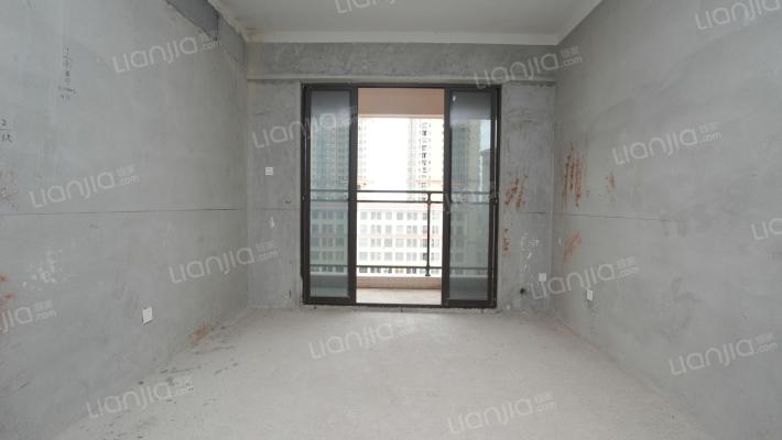 悦湖苑高楼层三房出售!视野开阔!