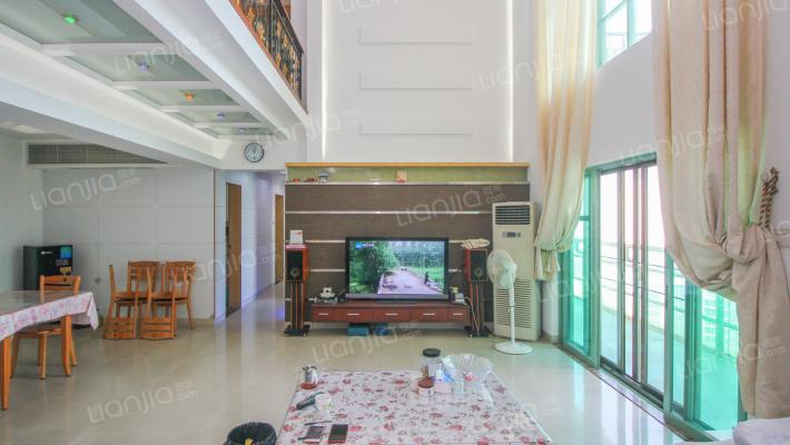 售老香洲复式房-------凤凰花园精装修电梯6房