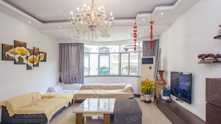紫荆花园  210平大房  精装三房
