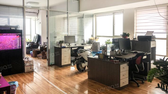祥泰汇东国际精装公寓出售,诚心出售,适合商务办公