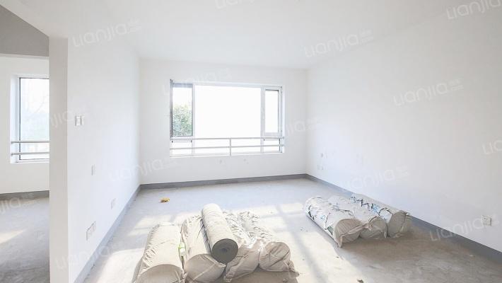 此房满两年,方正3居室,高品质小区
