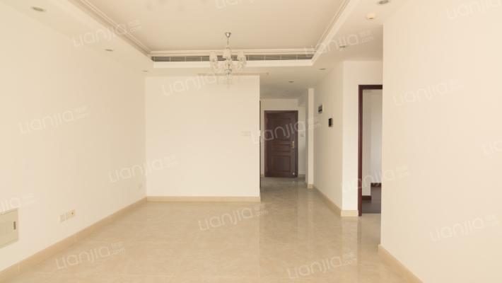 近横琴口岸南向2房,精装修,采光好,即买即住