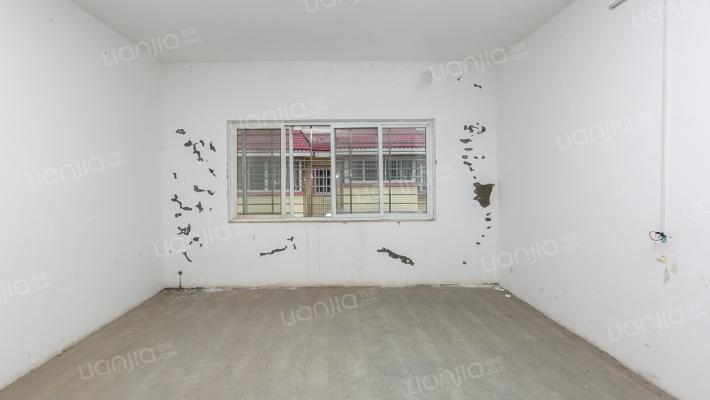 龙福小区简装六房,户型方正,南北通透,比较安静!