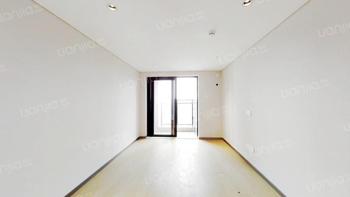横沥复式公寓出售两房,买一层得两层!