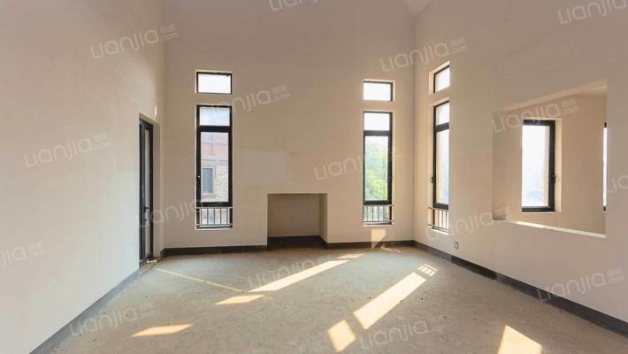 紫金7号 5室2厅 南