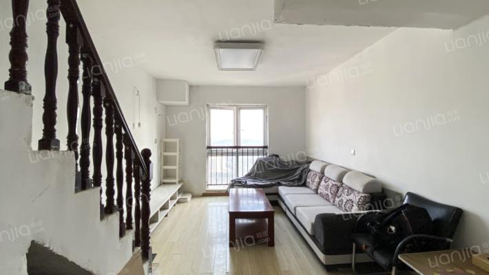 聚盛现代城 简装两房 房子采光好  出行方便