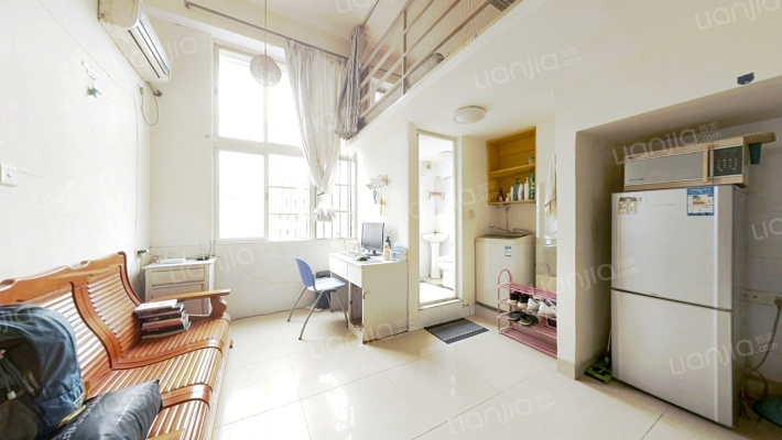 产权清晰,业主诚心出售,采光好无遮挡,看房便利
