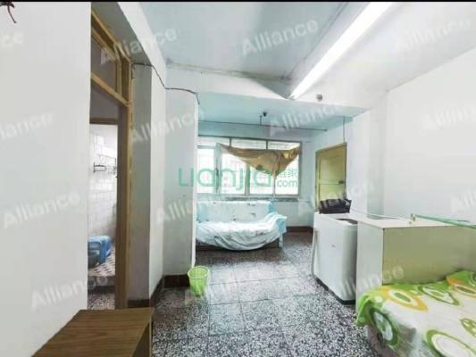 省医家属区宿舍 1室1厅 东南