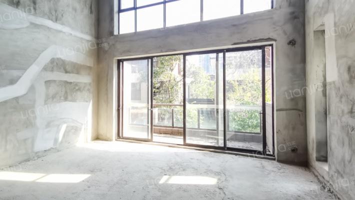 星河丹堤B区 5室3厅 南
