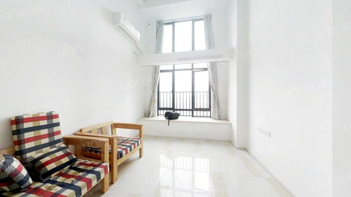 低楼层精装复式三房 业主诚心出售