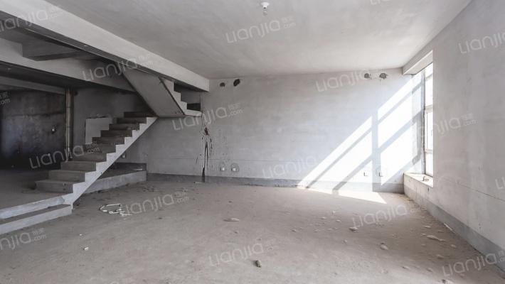 凯泰庄园 5室2厅 东
